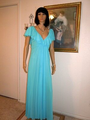 """*RARE* CLAIRE SANDRA by LUCIE ANN BH vintage nightgown SKY BLUE size """"36"""" BUST"""