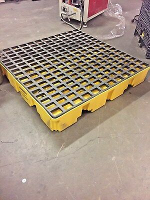 Eagle Low Profile Secondary Spill Containment Pallet 51x51x8