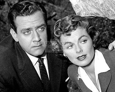 """8X10 PUBLICITY PHOTO OP-653 RAYMOND BURR AND WILLIAM HOPPER IN /""""PERRY MASON/"""""""