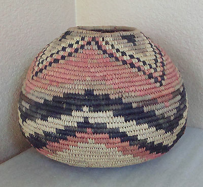 Rare Vintage Hand Woven Native Tribal African Coiled Figural Basket Bowl Jar