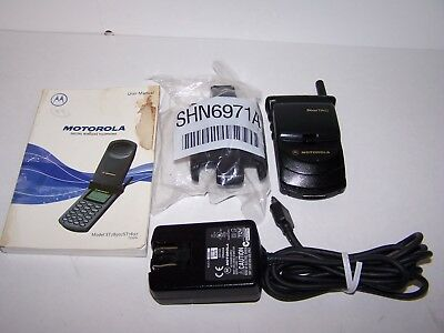 Motorola StarTac ST7897 Cell Phone Black AT&T Belt Clip Owners Manual AC Cord