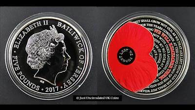 2017 POPPY £5 Five Pound Colour Coin - Bailiwick of Jersey - BU 'Lest We Forget'
