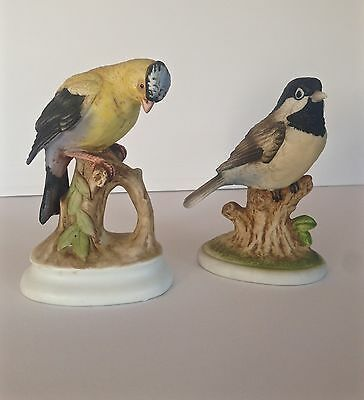 Vintage Lot 2 Lefton Bird Figurines Chickadee & Gold Finch Japan