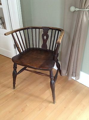 Old Oak Chair 28 In Tall 23 In Across 19 Ins Deep Collect Co6 4Pe