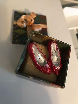 Ruby slippers from Dorothy in Wizard of Oz  Pewter miniature
