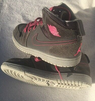 Nike Girls Air Jordan Gray And Pink Retro Sneakers Size 1 Y Basketball VGC