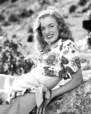 Marilyn Monroe Iconic Sex-Symbol & Actress - 8X10 Early Publicity Photo (Fb-331)