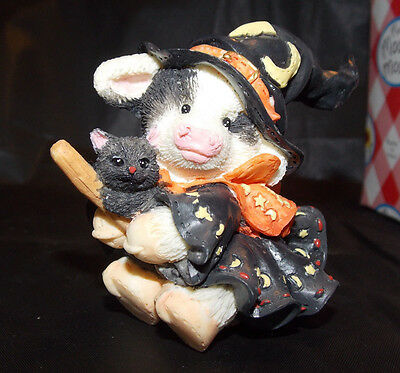 Mary's Moo Moos 1996 I Cast my Spell on Moo - Cow and Cat Halloween Decoration