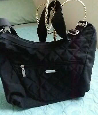 QUILTED detail  hobo crossbody black  Baggllin -compartment for electronics etc