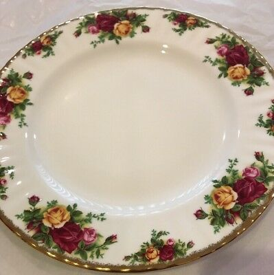 ROYAL ALBERT OLD COUNTRY ROSES 1 DINNER PLATE 1962 ENGLAND New