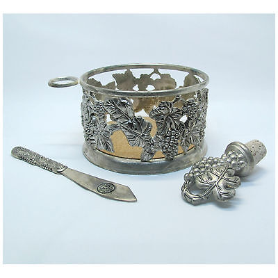 Vintage Godinger Silver Art Co.LTD Silver Plated Wine Bottle Coaster Holder Set