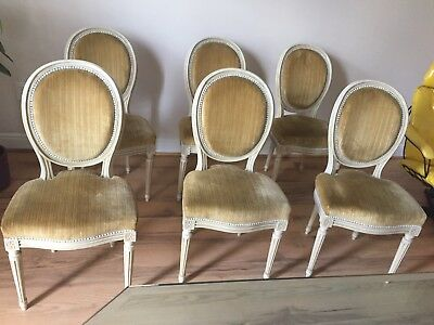 Elegant set of 6 Antique French Louis XVI style medallion dining chairs
