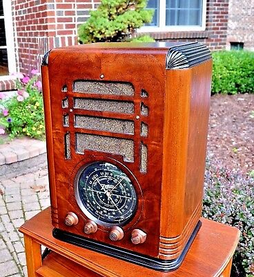 RESTORED Antique Vintage ZENITH 7D127 TOMBSTONE Wood Tube Radio Works Perfect!