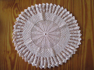 Vintage 'Pale Pink' Pointed Edged Round Crochet Doily - 34 cm Diameter