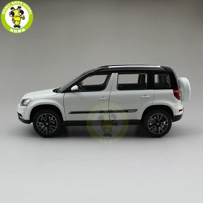 1 18 skoda kodiaq white 2017 suv die cast metal model. Black Bedroom Furniture Sets. Home Design Ideas