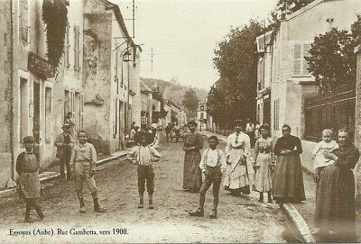 Reproduction Carte Postale Ancienne - Essoyes Aube Rue Gambetta/ Postcard France