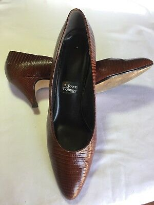 Vintage Town and Country Womens Shoes Brown Lizard-style Pumps size 11 1/2 SS
