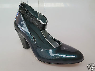 Django & Juliette - new ladies leather shoe size 37 #111  *FINAL CLEARANCE*