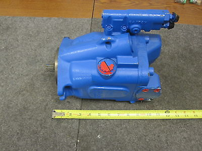 New Eaton Vickers Piston Pump # 421Ak01337B
