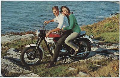 PZct Guy & Gal on TRIUMPH THUNDERBIRD Motorcycle 60s Postcard PZss