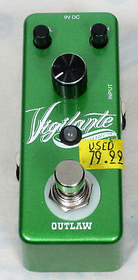 Outlaw Effects	Vigilante Chorus Pedal (used)