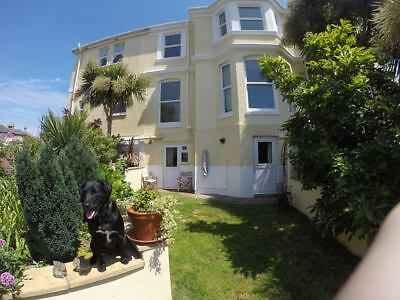 Torquay holiday accommation pay 3 nts October half term get the 4th night  free
