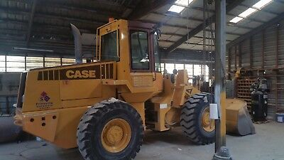 621ZF Wheel Loader, 3500 hours, pins are all  tight, a nice machine.