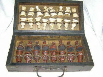 dragon phenix Style Famous 32 Piece Chess A Set of Leather Wood Box Coffee Table