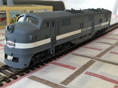 Vintage Con-Cor Ho Gauge New York Central Emd E-7A #4000. Near Mint In Box.