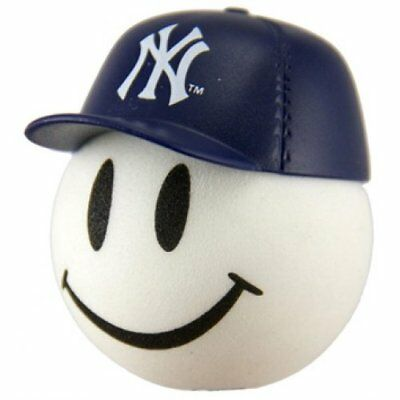 Quantity 2 pcs - New York Yankees Car Antenna Ball / Antenna Topper