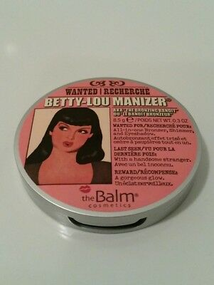 The Balm Highlighter Betty-Lou Manizer Rouge Puder Bronzing