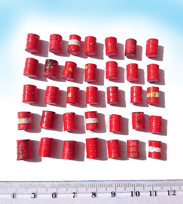 Miniature Oil Barrels 55 gallon drum set HO OO scale Red, model railway diorama