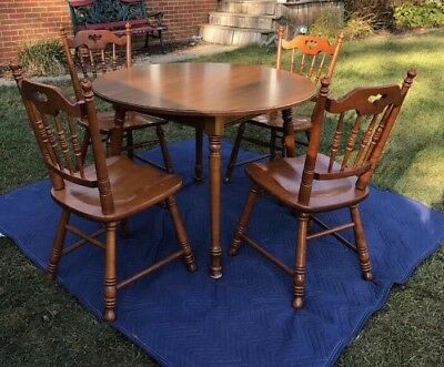 Tell City Maple Table with chairs pattern 8160 #48 Andover finish