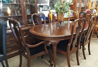 Nice Antique 9pc Drexel Heritage 18th Century Classic Flame Mahogany Dining Set