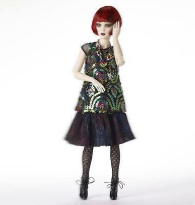 Kaleidoscope Outfit by Phyn & Aero (Robert Tonner)