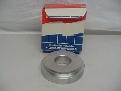 New NOS OMC Thrust Washer 126870   C23