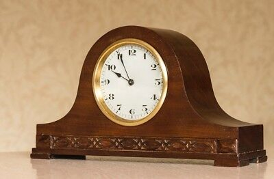 In excellent condition, vintage Swiss mantel clock made by FHF.