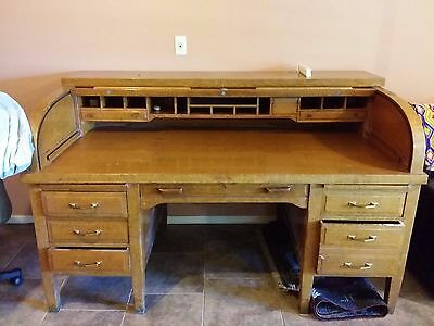 Standard Furniture Large Roll-top Antique Desk Early 1900's