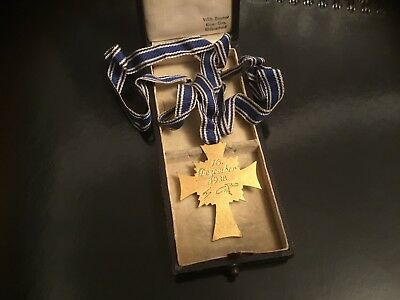WW2 original gold iron cross of honour ( German mother medal ) with box