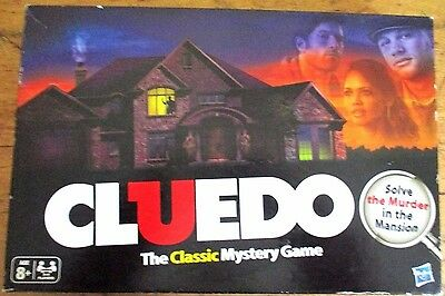 ~~CLUEDO BOARD GAME by HASBRO- COMPLETE - VGC~