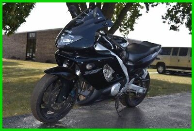 Yamaha YZF600R Motorcycle  2002 Yamaha YZF600R - No reserve auction. Selling the highest bidder!