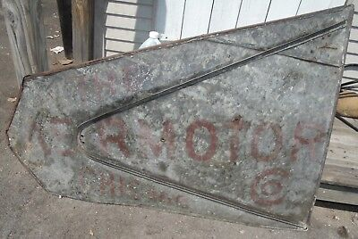 """RARE AUTHENTIC stenciled  """"THE AERMOTOR CHICAGO"""" WINDMILL DIRECTIONAL METAL TAIL"""