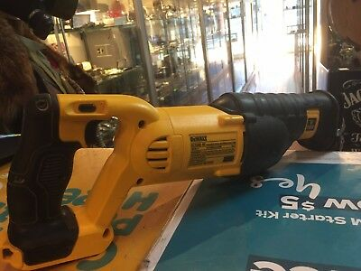 Dewalt (Dsc380-Xe) 18V Cordless Variable Speed Reciprocating Saw / Skin Only !