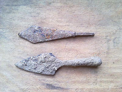 Antique roman iron arrow Lot 2 pieces