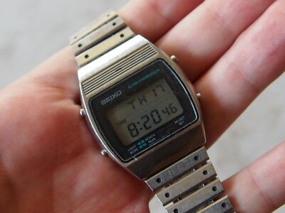 Seiko A359-5030 lcd vintage watch