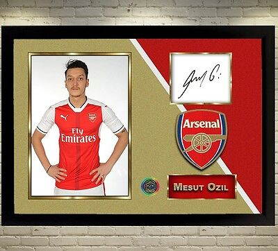 Mesut Ozil Arsenal signed autographed Football Memorabilia A picture With Frame