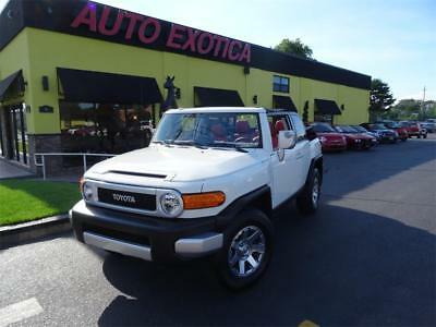 2014 Toyota FJ Cruiser Base Sport Utility 4-Door 2014 Toyota FJ Cruiser CONVERTIBLE SUV WHITE/RED CUSTOM
