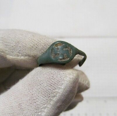 "Ancient Bronze ring ""infinity symbol"" Vikings 10-11 AD № 120."