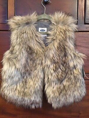 Old Navy Toddler Girl Brown Faux Fur Vest Size 5T NWT!!!