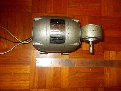 Small Single Phase Electric Motor With Geared Down Right Angle Output